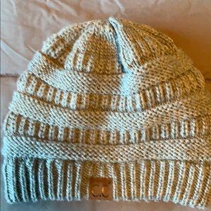 C.C knit beanie in gray